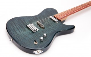 ross-liuteria-chitarra-artigianale-deep-blue-bois-de-rose-telecaster-single-coil