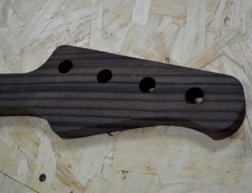 Fagiolone II, STEP 3: shape del manico e fori per le meccaniche