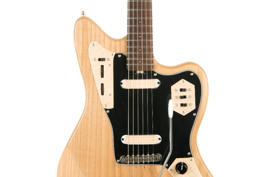 ross-liuteria-chitarra-artigianale-castagno-jaguar-palissandro-tremolo